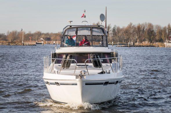 Motorboot rental in Friesland- Vri-Jon Contessa 1200- Ottenhome Heeg