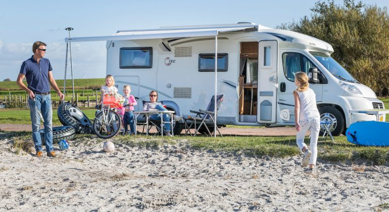 Camper huren - Ottenhome Heeg campers