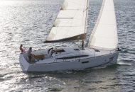 Jeanneau Sun Odyssey 349 - Rent a yacht in Friesland- Ottenhome Heeg